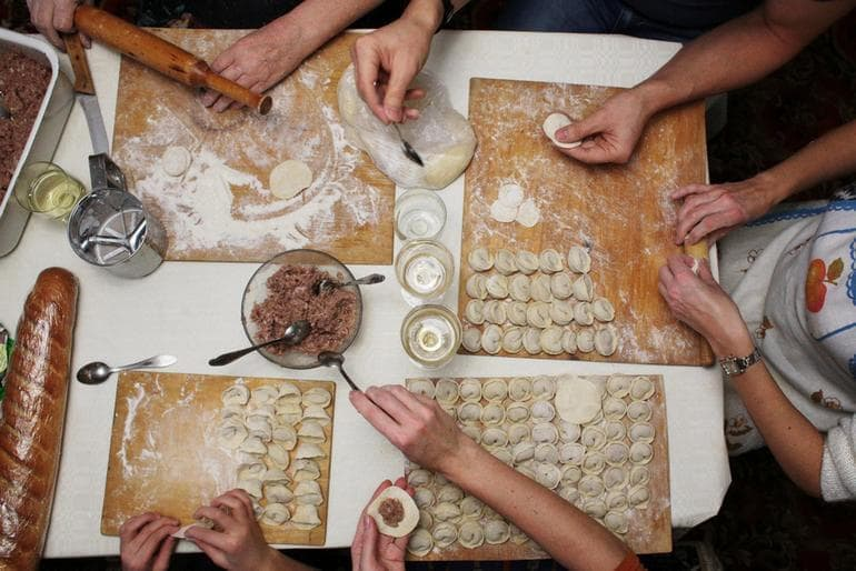 Учимся готовить пельмени